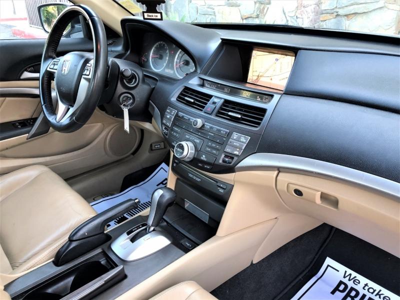 Honda Accord Cpe 2011 price $9,900