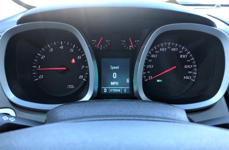 Chevrolet Equinox 2011 price $10,900