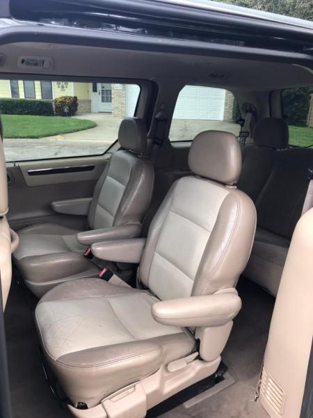 Ford Windstar Wagon 2002 price $1,750