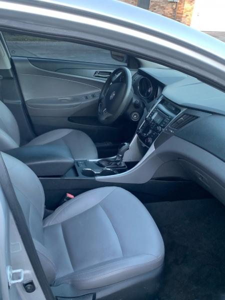Hyundai Sonata 2013 price $4,990