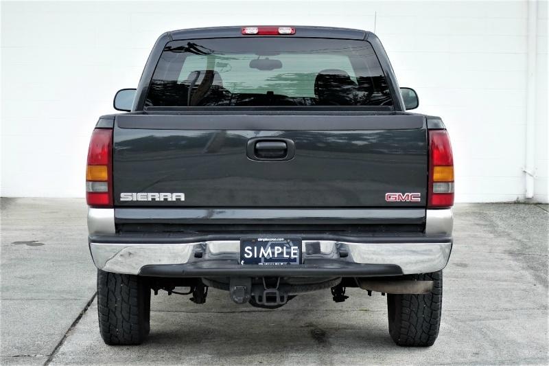 GMC Sierra 2500 2003 price $12,500