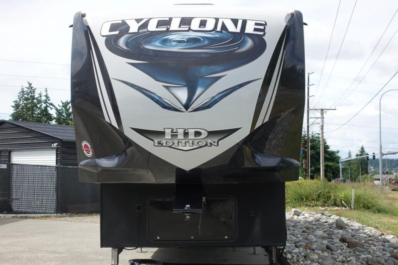Heartland Cyclone 3513 Toy Hauler 2017 price $69,500