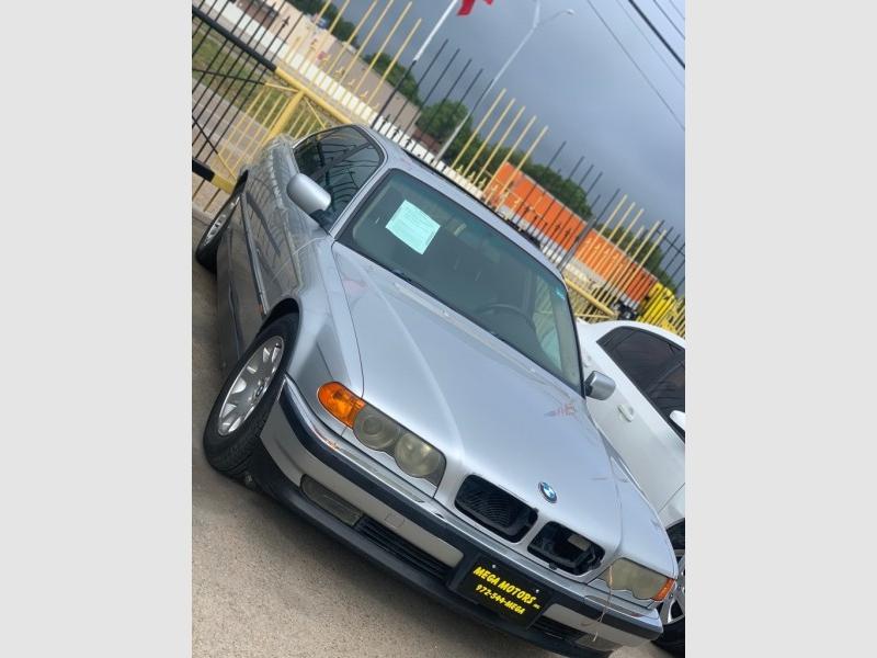 BMW 740 1999 price $500