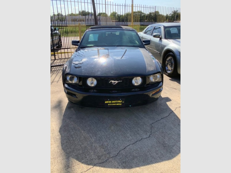 FORD MUSTANG 2006 price $1,525