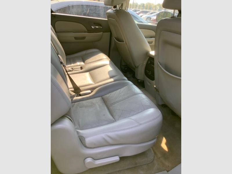 GMC YUKON XL 2007 price $2,025