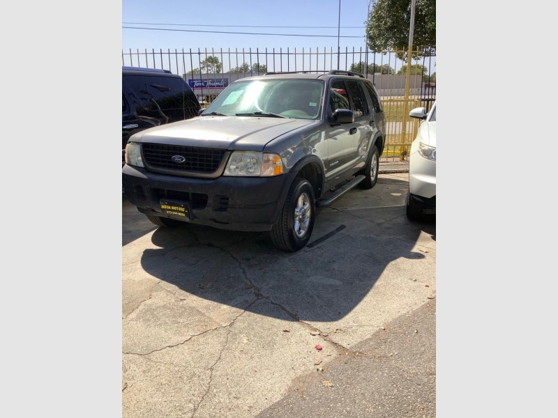 FORD EXPLORER 2004 price $700