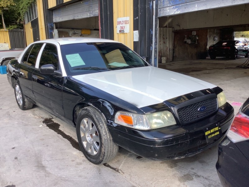 FORD CROWN VICTORIA 2010 price $1,000 Down