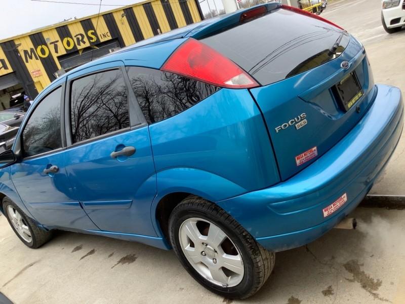 FORD FOCUS 2007 price $825
