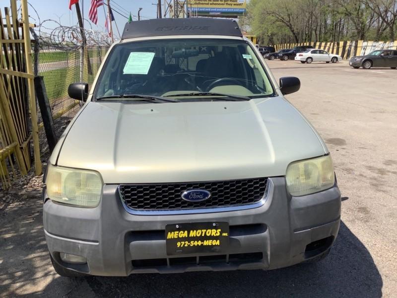 FORD ESCAPE 2004 price $1,025
