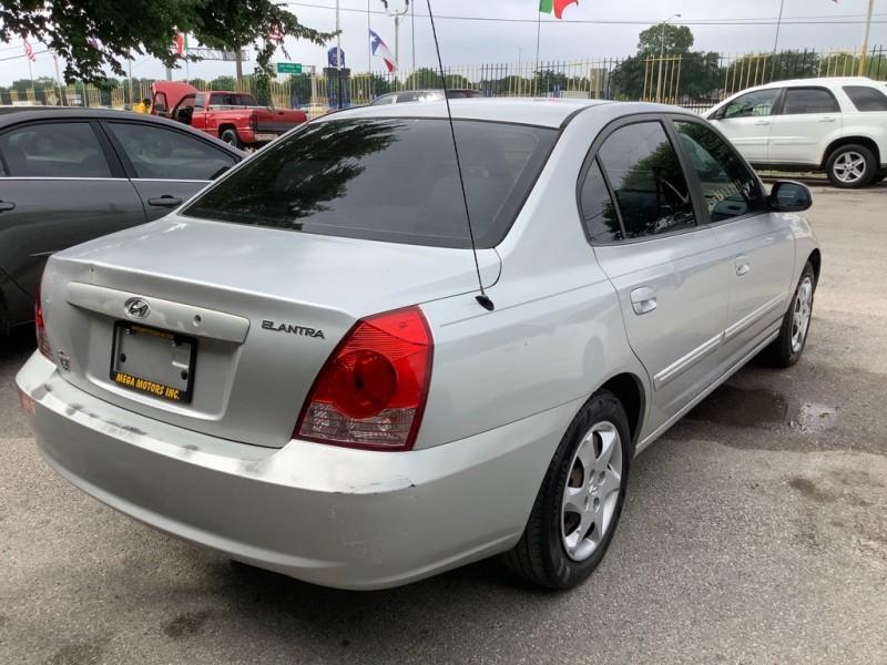 HYUNDAI ELANTRA 2005 price $1,000