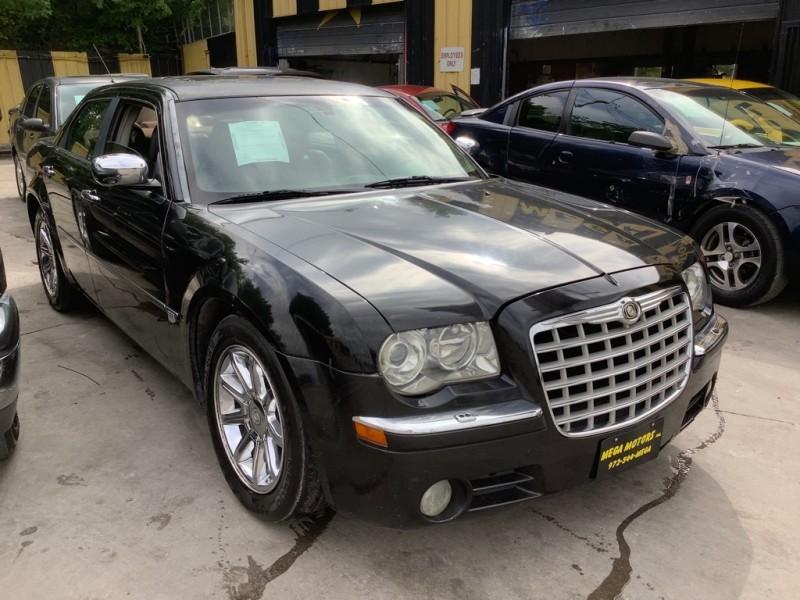 CHRYSLER 300C 2005 price $1,500