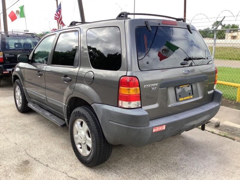 FORD ESCAPE 2003 price $700