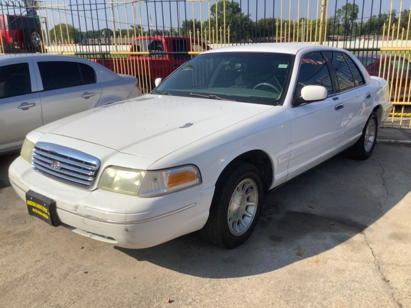 FORD CROWN VICTORIA 1999 price $1,000 Down