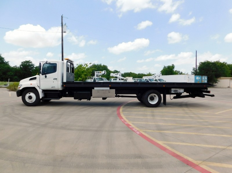 HINO 338 Tow Truck 3-Car RollBack 2006 price $32,500