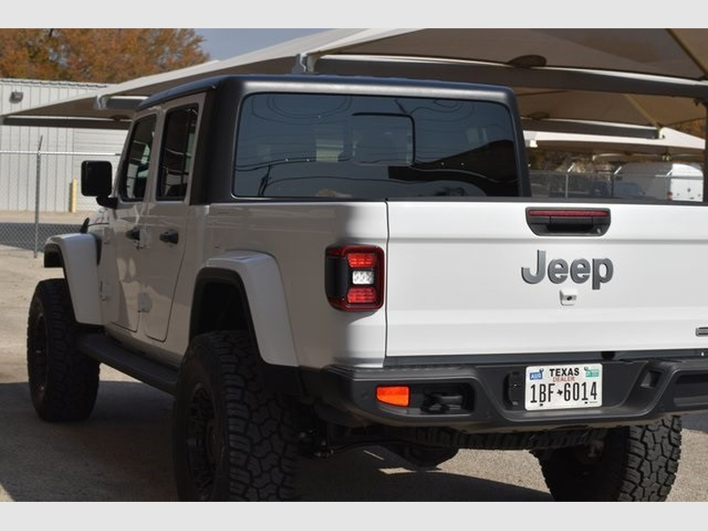 Jeep Gladiator 2020 price $48,059