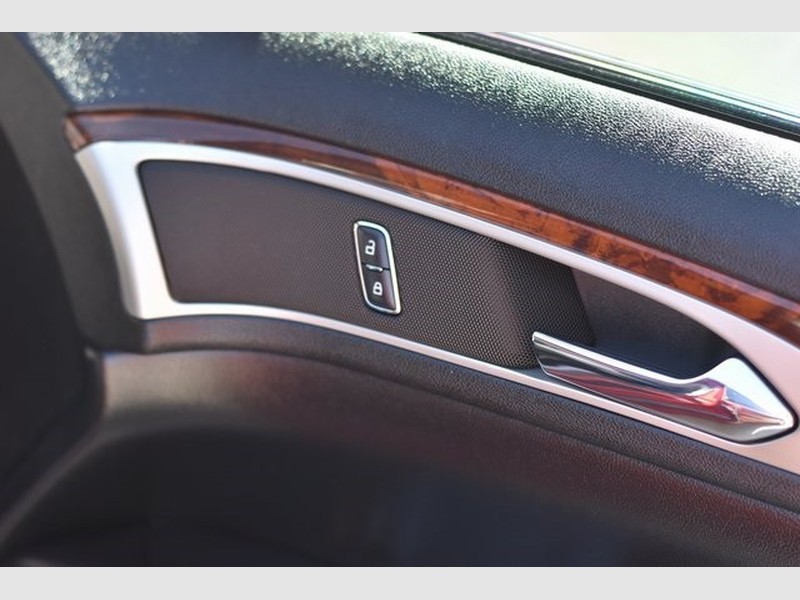Lincoln MKZ 2016 price $15,212