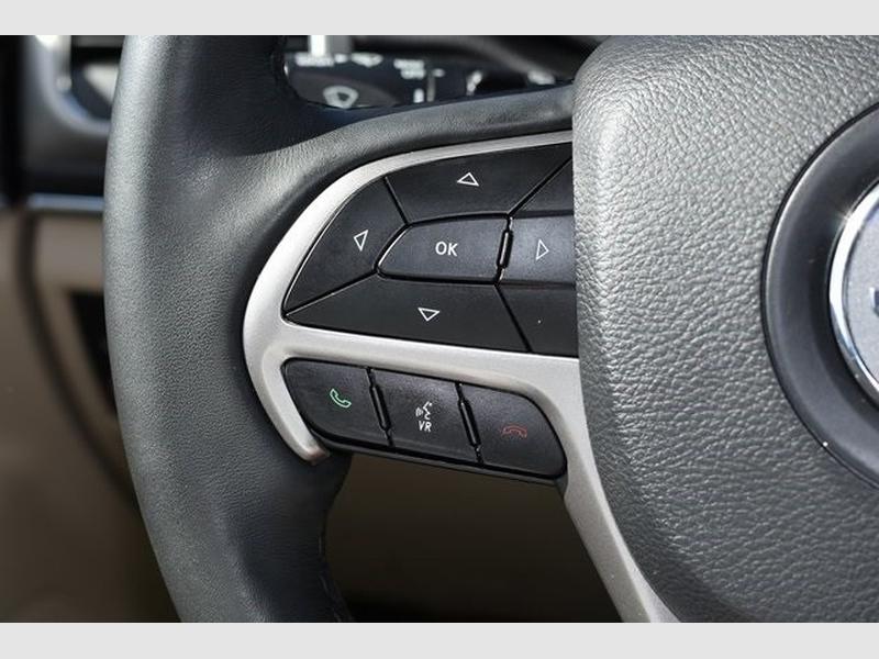 Jeep Grand Cherokee 2019 price $29,619