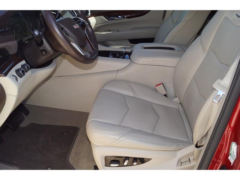 Cadillac Escalade 2015 price $36,213