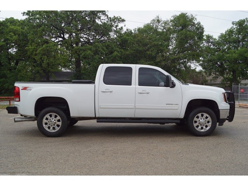 GMC Sierra 2500HD 2011 price $36,760