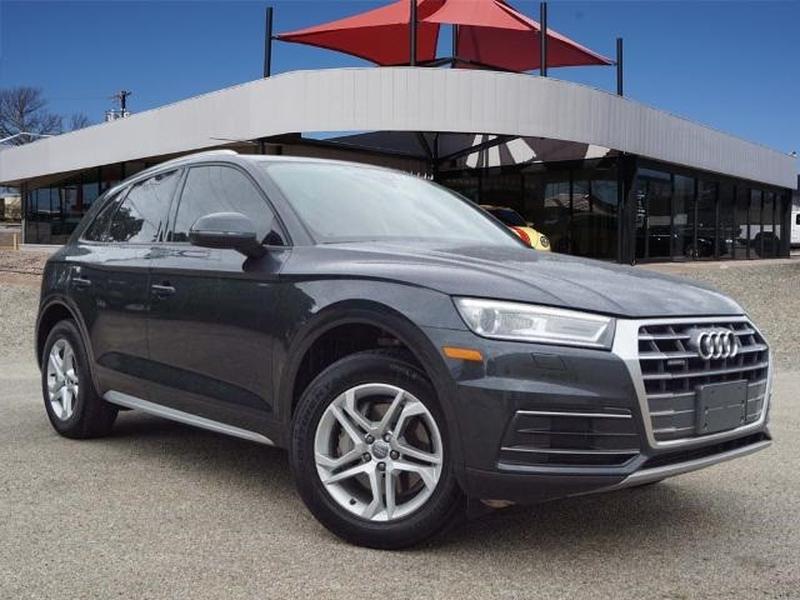 Audi Q5 2018 price $28,501