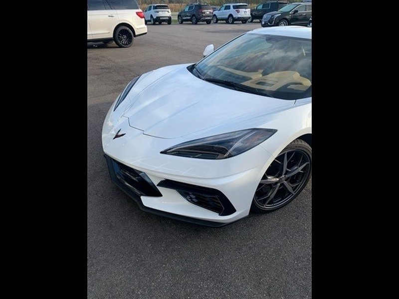 Chevrolet Corvette 2020 price $107,000