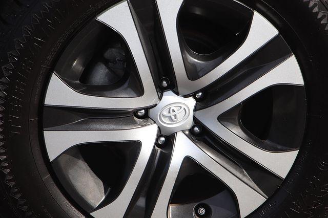 Toyota RAV4 2018 price $19,989