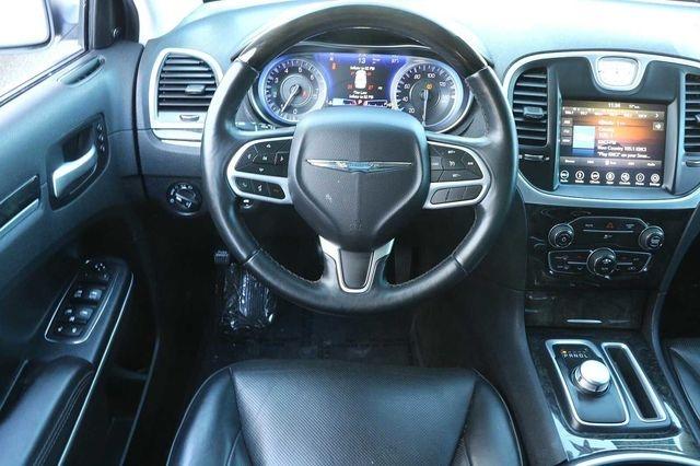 Chrysler 300 2019 price $21,989