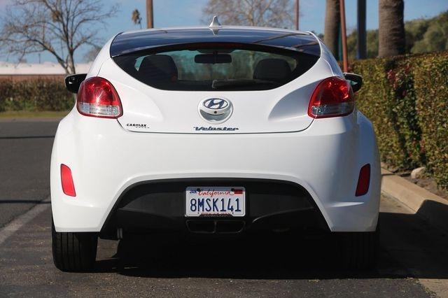 Hyundai Veloster 2016 price $12,989