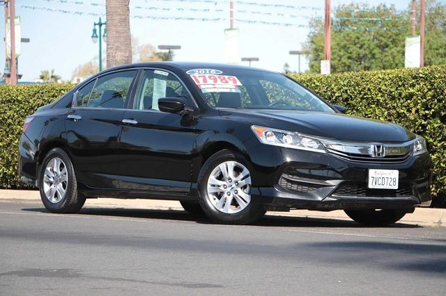 Honda Accord 2017 price $17,989