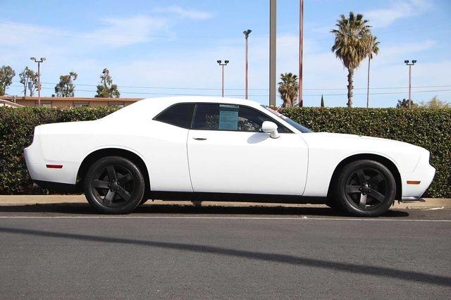 Dodge Challenger 2013 price $14,989