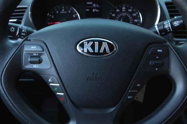Kia Forte 2016 price $12,989