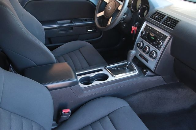 Dodge Challenger 2010 price $13,989