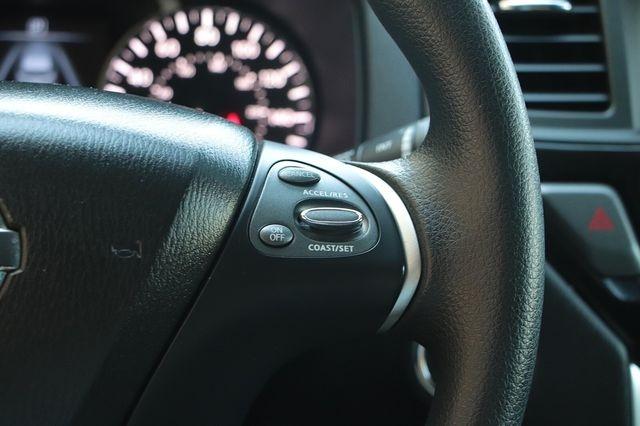 Nissan Pathfinder 2017 price $21,488