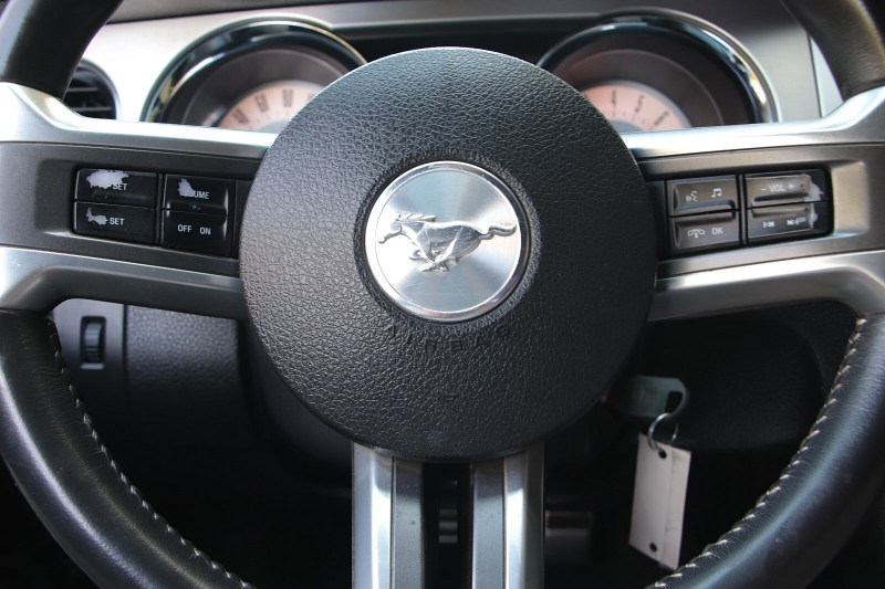 Ford Mustang 2011 price $12,989