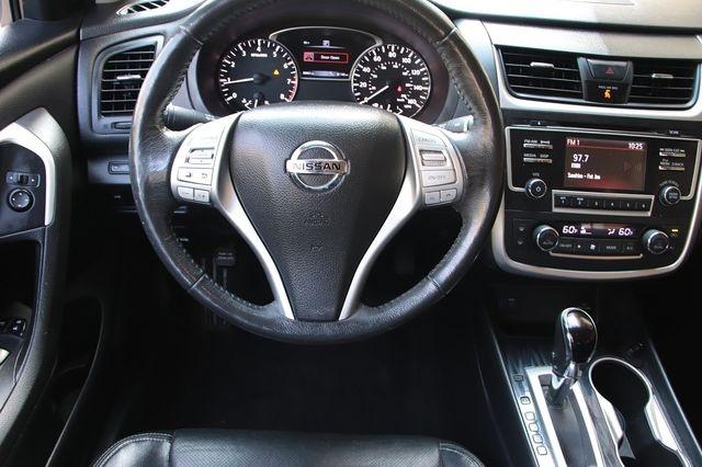 Nissan Altima 2017 price $14,989