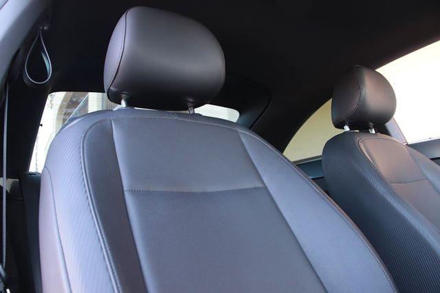 Volkswagen Beetle 2013 price $9,989