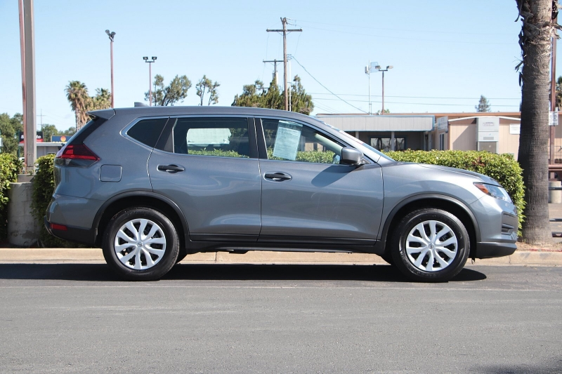 Nissan Rogue 2018 price $16,388