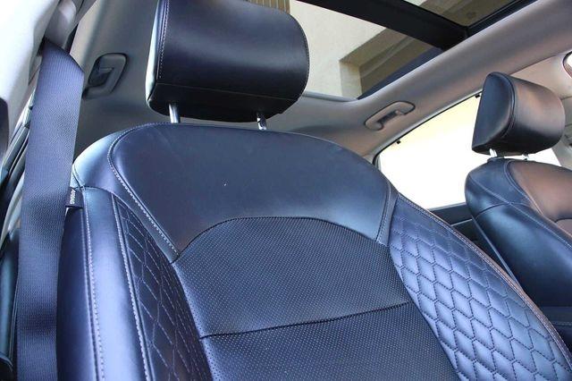 Kia Cadenza 2017 price $20,800