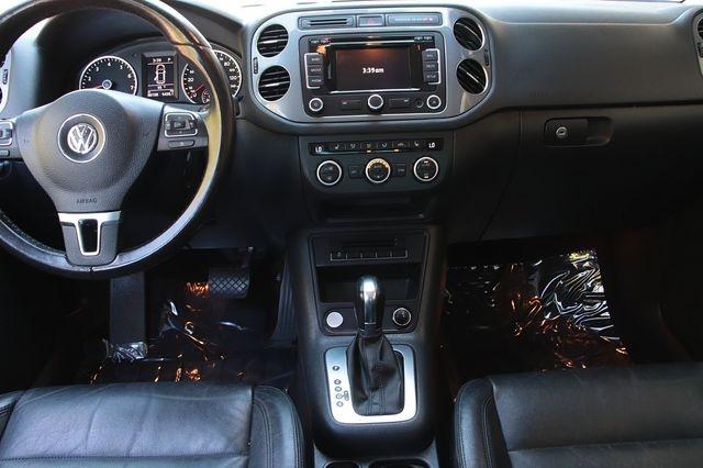 Volkswagen Tiguan 2013 price $12,989
