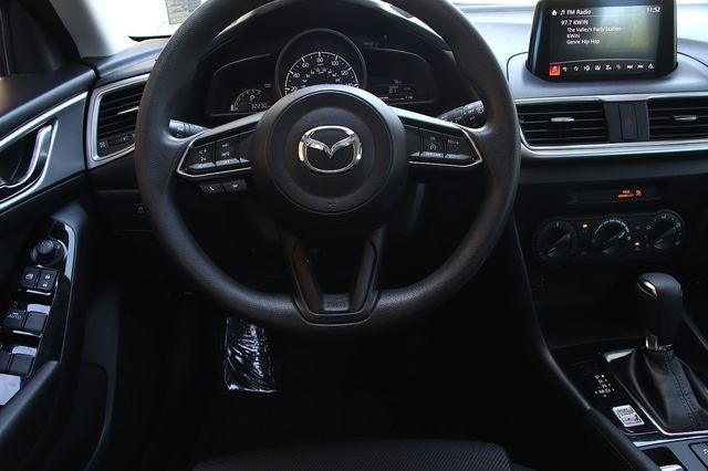 Mazda MAZDA3 2017 price $18,488
