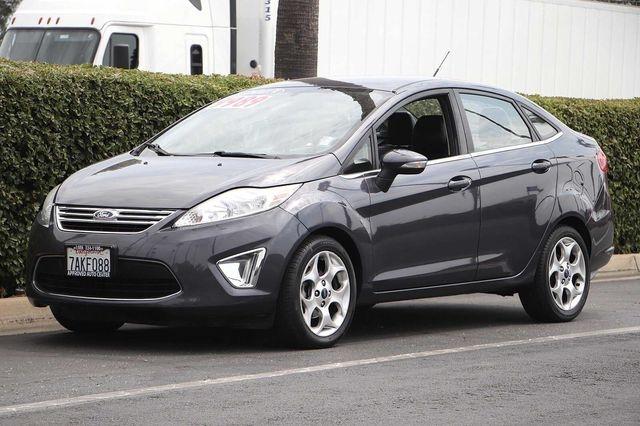 Ford Fiesta 2013 price $8,989
