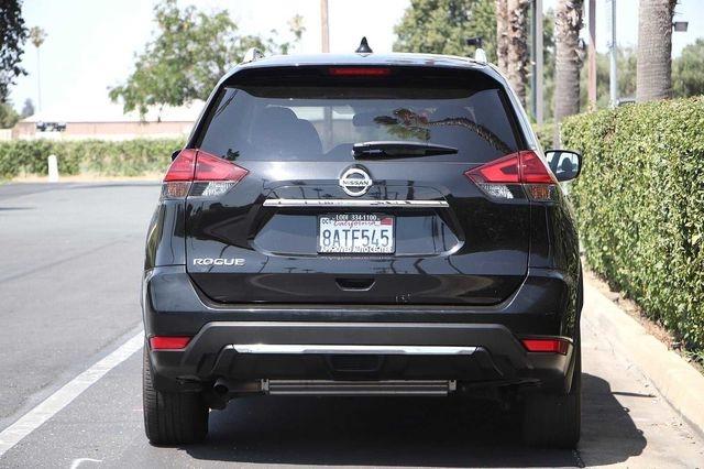 Nissan Rogue 2017 price $17,989
