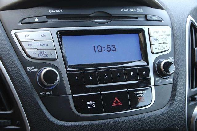 Hyundai Tucson 2012 price $10,989