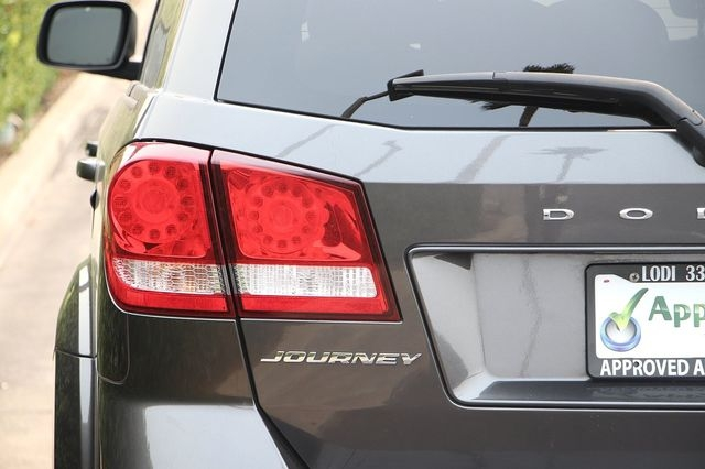 Dodge Journey 2016 price $14,989