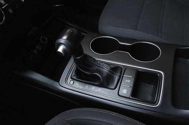Kia Sorento 2017 price $19,989