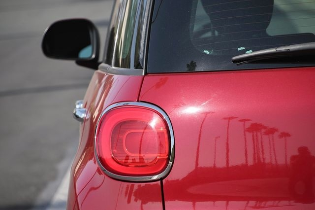 Fiat 500L 2015 price $10,989