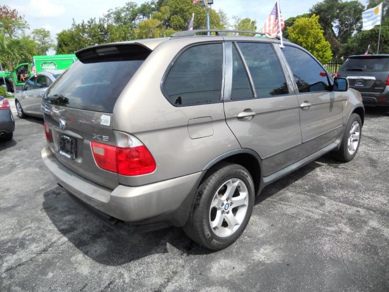 BMW X5 2004 price $4,900