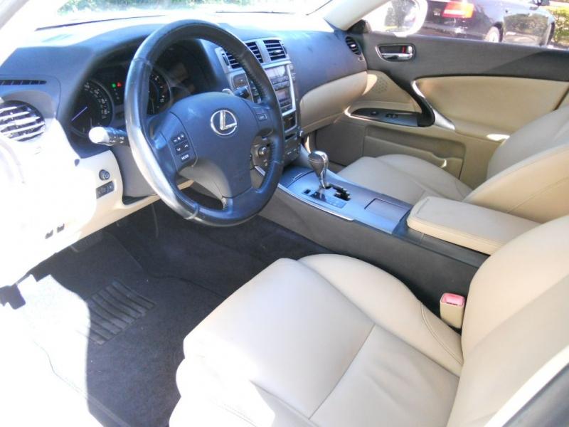 LEXUS IS 2008 price $6,900