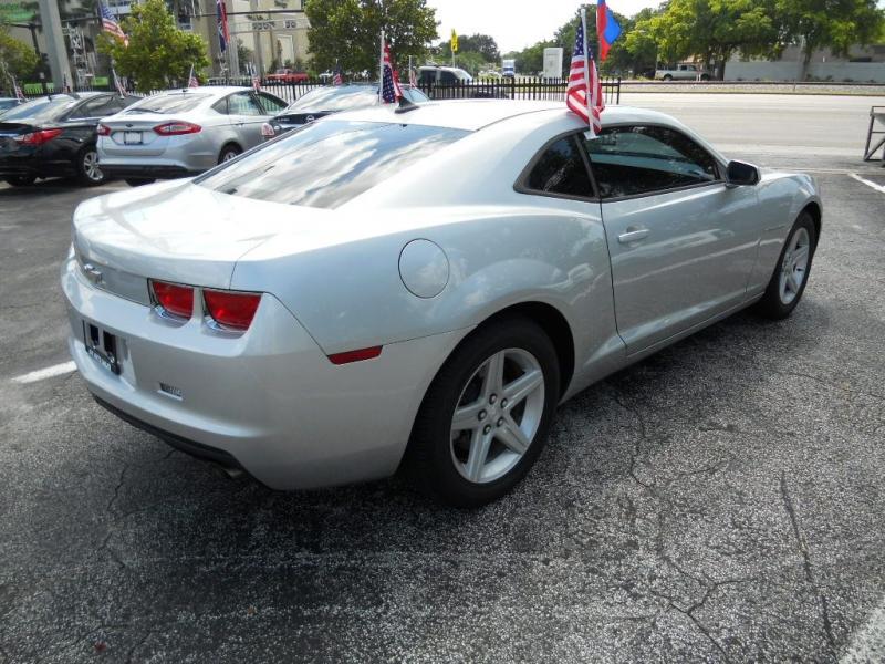 CHEVROLET CAMARO 2011 price $8,900