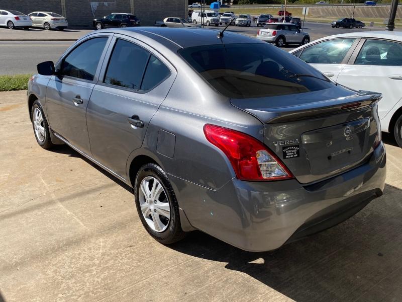 Nissan Versa Sedan 2017 price $8,995 Cash